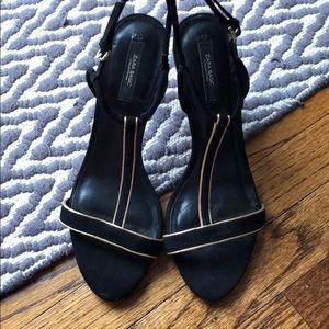 Zara Black Gold T Strap Heels Sandals Pumps JS